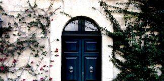 דלתות כניסה בהתאמה אישית